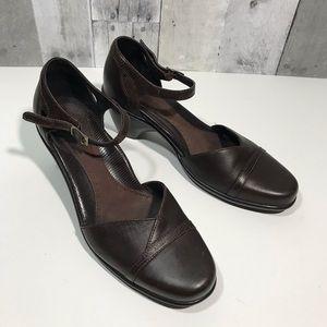 Dansko Roxy Brown leather Mary Jane Pump Sz 40